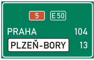 Distance signing on motorway D5 (E50)
